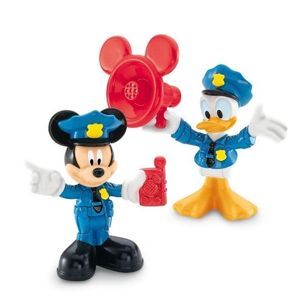 Assortiment de 2 figurines des personnages de la série avec accessoire. Retrouvez Mickey, Donald , Plutôt , Minnie et Daisy autour de thématiques issues du dessin animé
