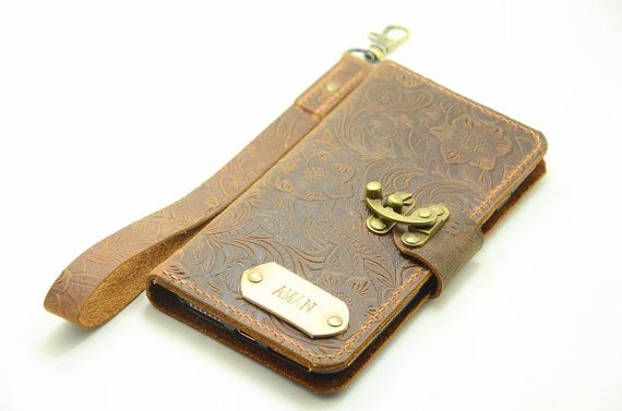 This is not a sewing machine product, but an high quality leather wallet made to order. It is carefully handcrafted  NOTE 7: https://www.etsy.com/shop/jinapplehandmade?ref=l2-shopheader-name&search_query=note+7   iphone case: https://www.etsy.com/shop/jinapplehandmade?ref=hdr_shop_menu§ion_id=16098266  wallet: https://www.etsy.com/shop/jinapplehandmade?ref=hdr_shop_menu§ion_id=16098282   Samsung cas...