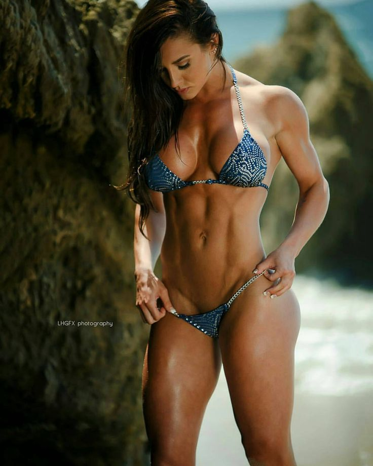 Like the title says, this blog is all about strong and athletic women. I have an appreciation for...