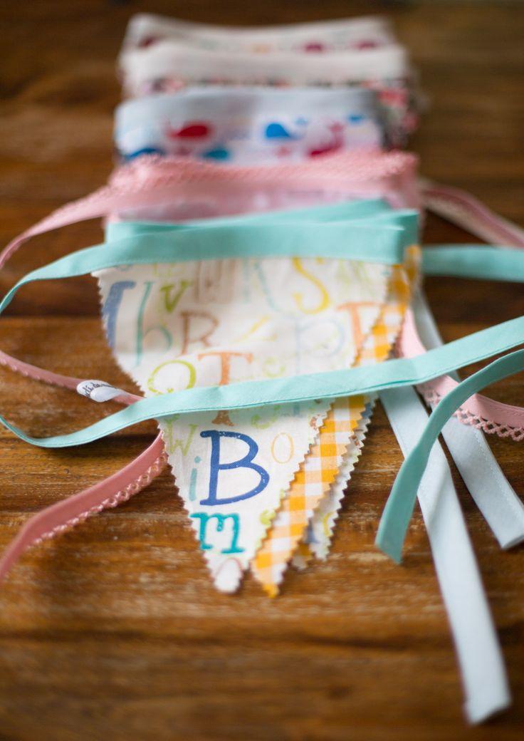 Lo bonitas que luciran las banderitas de tela en tu casa - Guirnaldas de tela ...