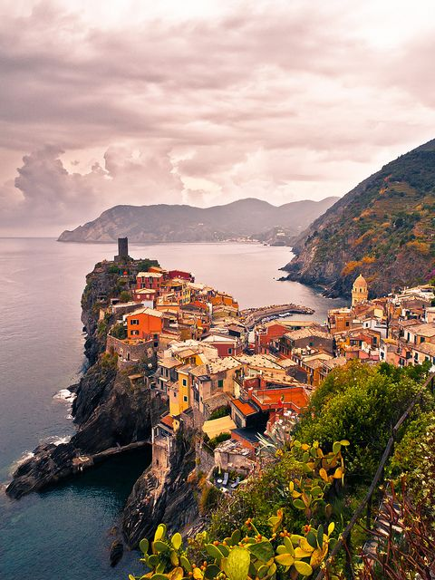 Jewels of the Cinque Terre, Vernazza, Italy (by 1yen).