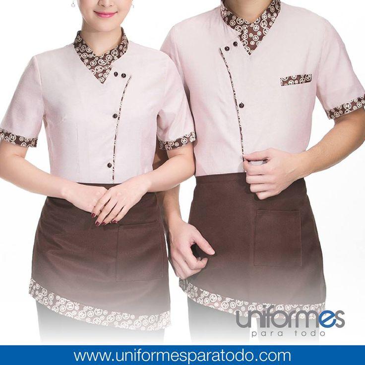 La variedad de los uniformes para meseros refleja la diversidad de experiencias alimenticias que pueden existir. ¿Cuál es la tuya? Llámanos para crear un uniforme que se ajuste a tu negocio.