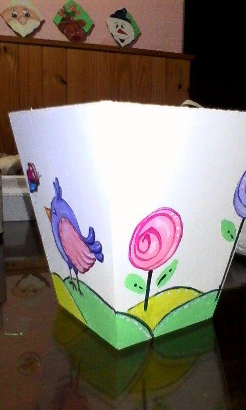 Pajarito y flores