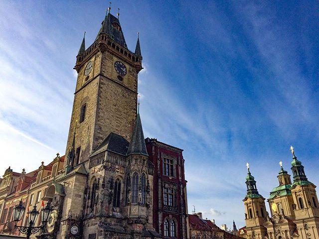 Kdo by ji nemiloval ❤ #Prague . www.deucze.com by deucze. capital #old #wanderlust #praga #town #prague #blogger #deucze #praha #city #travelblogger #czech_world #czechrepublic #townhall #astronomicalclock #prag #czechia #traveler #history #instatravel #czechblogger #travelblog #dnescestujem #travel #architecture #blog #traveling #travelgram #eventprofs #meetingprofs #popular #trending #events #event #travel #tourism [Follow us on Twitter (@MICEFXSolutions) for more...]