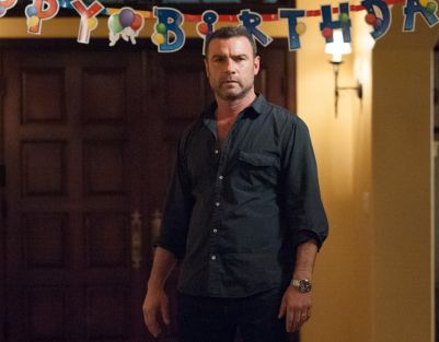Television's Ray Donovan -  ('Walk This Way' Season 2, Episode 7) now enters 'Breaking Bad' territory: Previous episodes' deliberately paced reveal of distinctively damaged personalities and their conflicting self interests are here, inventively confined and masterfully juxtaposed before colliding in maximum overdrive. The inspired collaborators skillfully cut like a surgical team into each character, revealing...      www.thecinemacafe.com