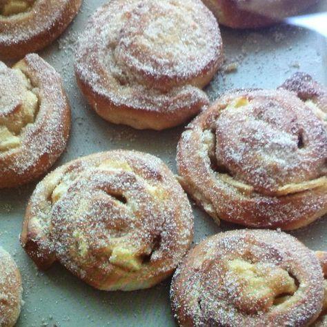 Apfelschnecken aus dem Ofen   – *Kuchen  – Rezeptsammlung*