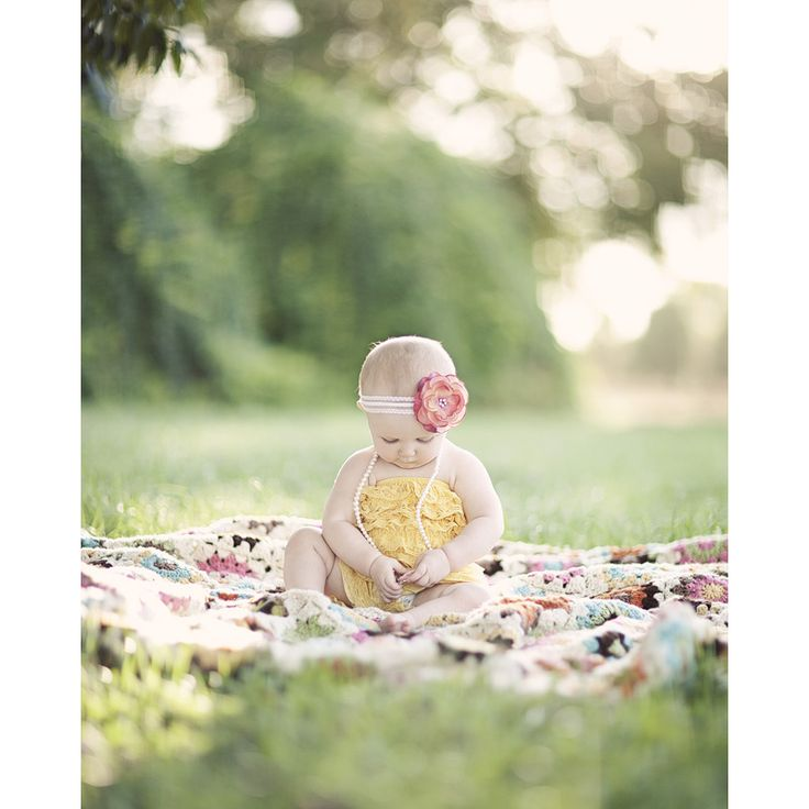 Sierra Studios Photography ~ Cute and Colorful ~ 9 month session ~ love the vintage look of her photos. Check out her website for more wonderful photos.