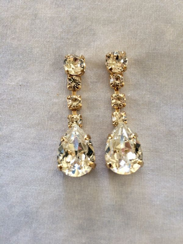 ce5aba7882961e Silver dangle earrings, wedding earrings, clear teardrop earrings,  bridesmaid earrings, Swarovski earrings