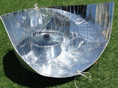 Best 25 Solar Cooker Ideas On Pinterest Solar Camping