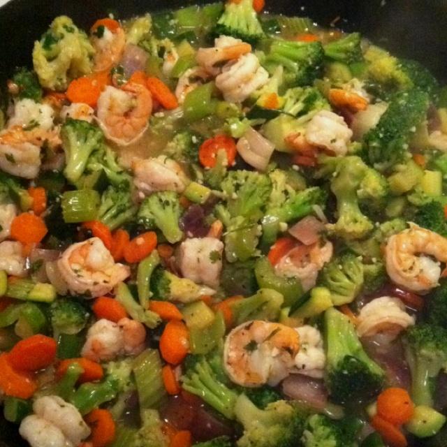 #Paleo Shrimp Stir-fry I Threw Together For Dinner Tonight