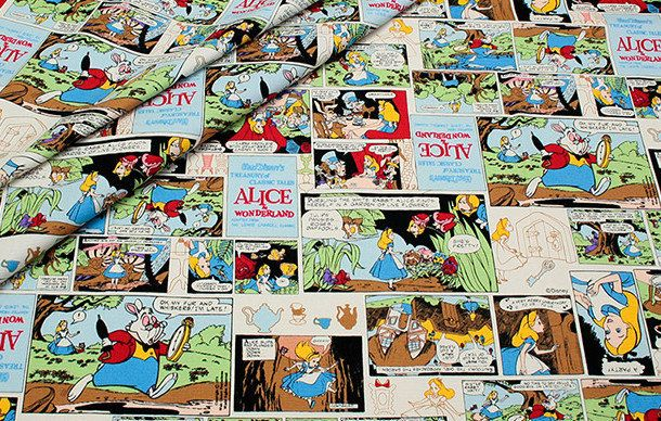 Disney tissu Alice in Wonderland Comic Style Half yard A9 par beautifulwork sur Etsy https://www.etsy.com/fr/listing/231903526/disney-tissu-alice-in-wonderland-comic