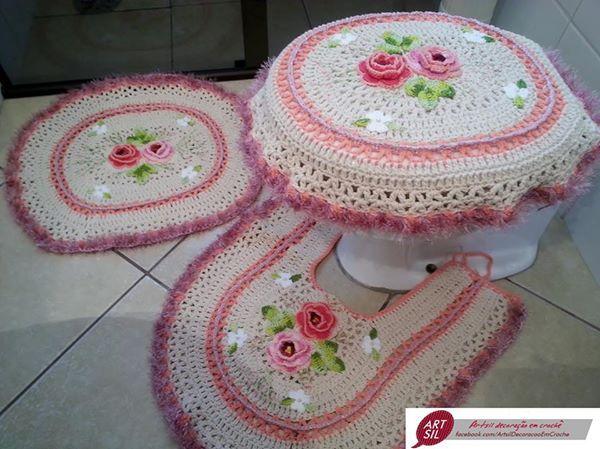 طقم كروشيه لتزين الحمام Crochet Home Decor Crochet Home Crochet Hats