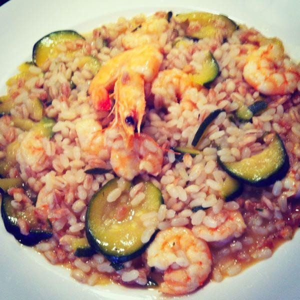 TRE CEREALI MARI E MONTI #cereali #riso #risotto #zucchine #gamberetti #afuocolento #foodporn #instafood