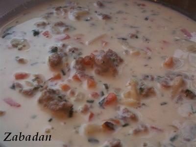 Zupa serowa z mięsem