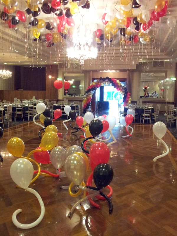 581 best images about balloon room effects on pinterest for Balloon dance floor decoration