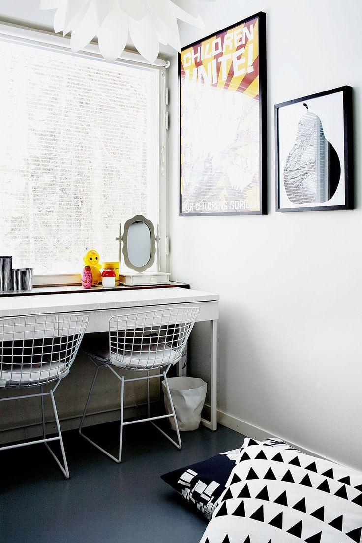 Bertoia chair sheepskin - White Bertoia Chairs