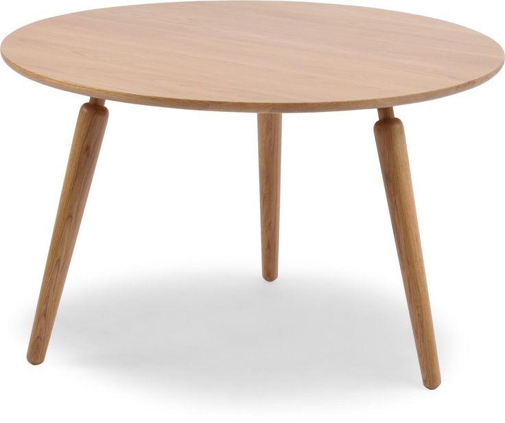 Flora soffbord i lackad ek eller lackad whiteash ek. Flora är ett litet felxibelt bord som finns i olika storlekar. Du kan få alla modeller i lackad ek, lackad whitewash ek, eller vitlack med ben i ek, eller whitewash ek. Om du vill, kombinerar du två bord till ett praktiskt satsbord.