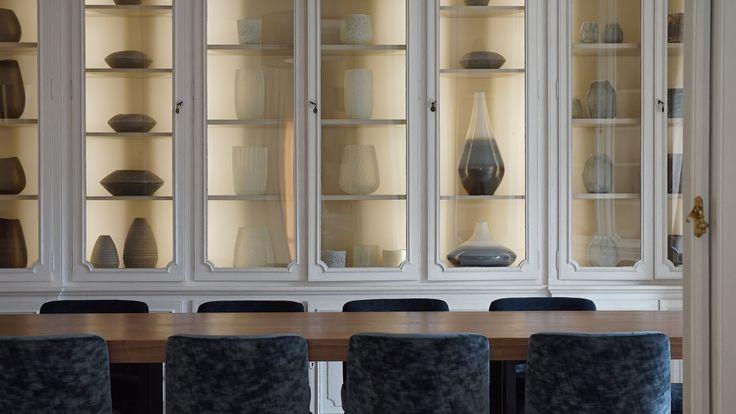 Luxury apartment- Bibliothèque- dinning room-