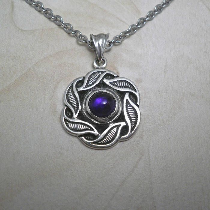 The latest addition to my #etsy shop: Silver necklace,vintage necklace,amethyst necklace,silver leaf pendant,romantic necklace,vintage pendant,vintage jewelry,antique necklace http://etsy.me/2iypxUm #jewelry #necklace #silver #yes #women #amethyst #black #plantst