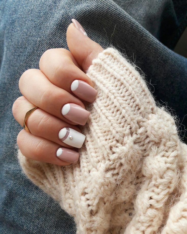 #nails #capucino #white