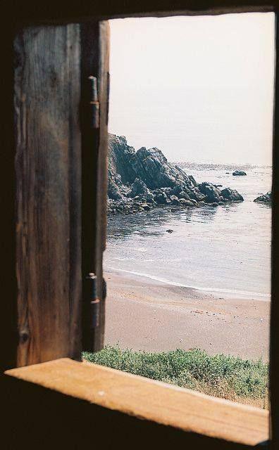 Como é maravilhoso acordar e sentir a brisa do mar batendo em seu rosto