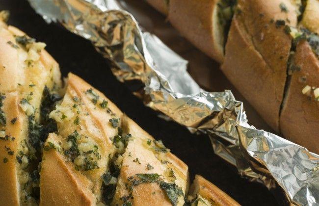 Zelf supersnel het allerlekkerste knoflookbrood maken