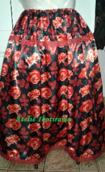 0490510d35 Compre Saia preta com rosas para pombo gira no Elo7 por R  77
