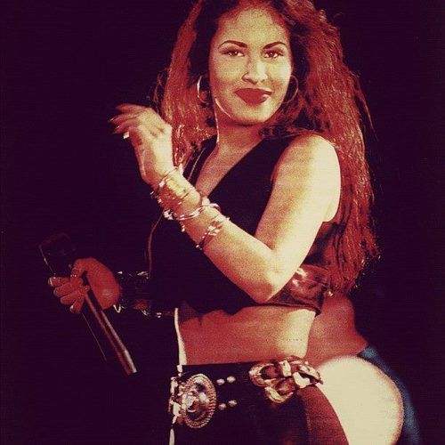 Selena Quintanilla Perez....I looooved her, saw her in concert a few times...she was one of the great souls who left this world far too soon ♥