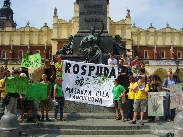 Kraków: Happening w obronie Doliny Rospudy