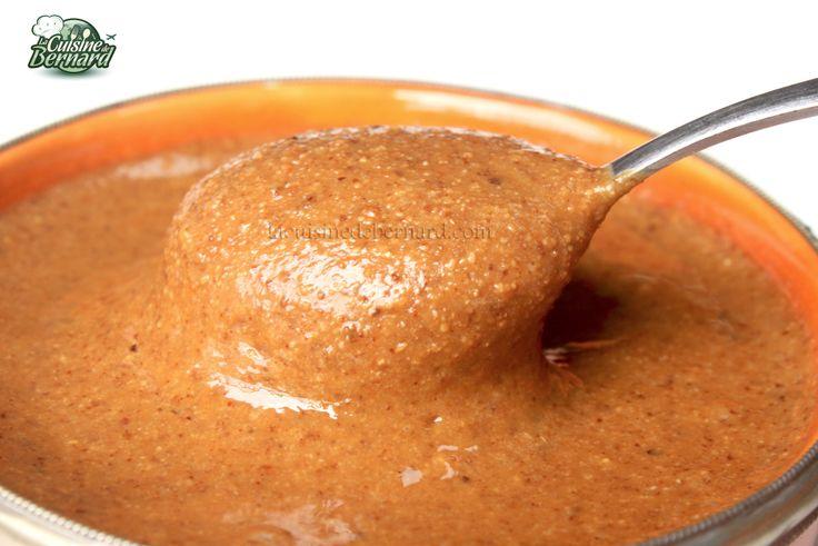 Le Amlou marocain (amandes broyées - huile d'argan - miel)