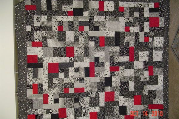 Black White Red Quilt Patterns Thread Black And White