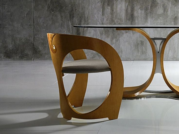 Sedie ghost ~ Expedit ikea divano glow in di desiree tavolo d epoca e sedie
