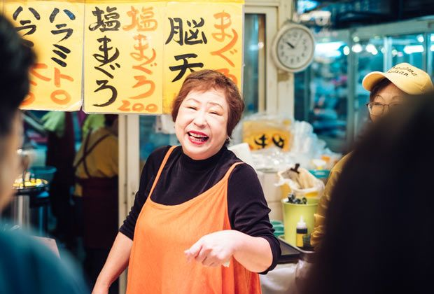 市場で開催されるお寿司バトル!?関門海峡〈唐戸市場〉は海の幸のテーマパーク|山口づくり|「colocal コロカル」ローカルを学ぶ・暮らす・旅する