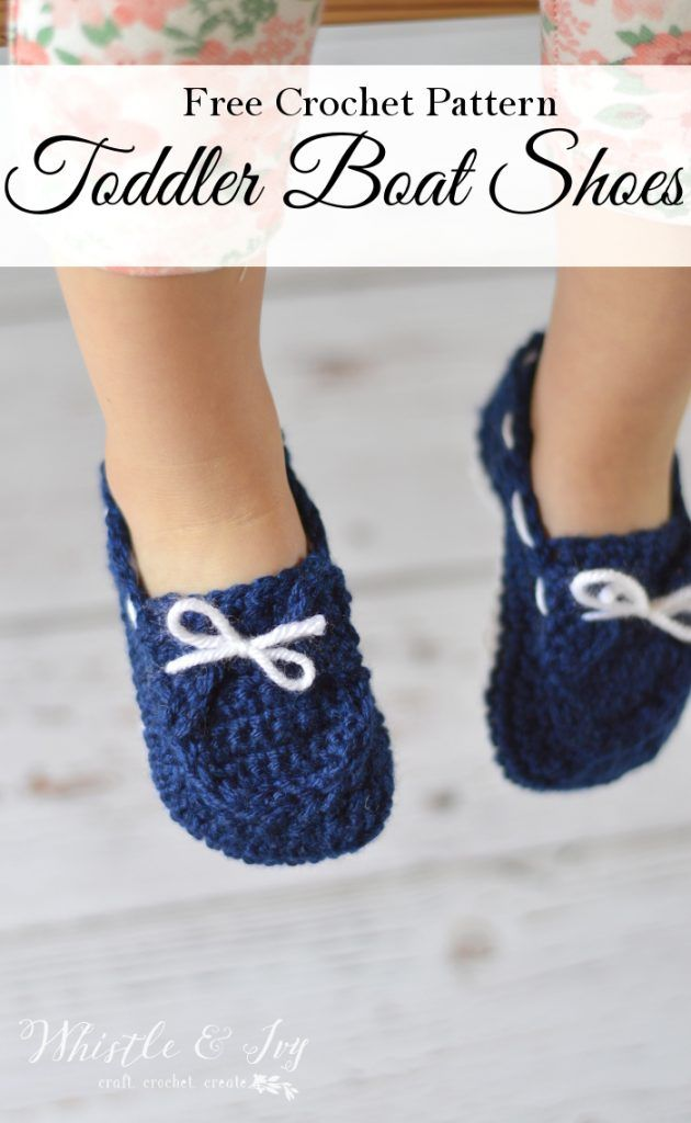 Free Crochet Pattern -Keep your little one's feet cozy with the free toddler boat slippers pattern. This cute style stays put and is great for boy or girls.