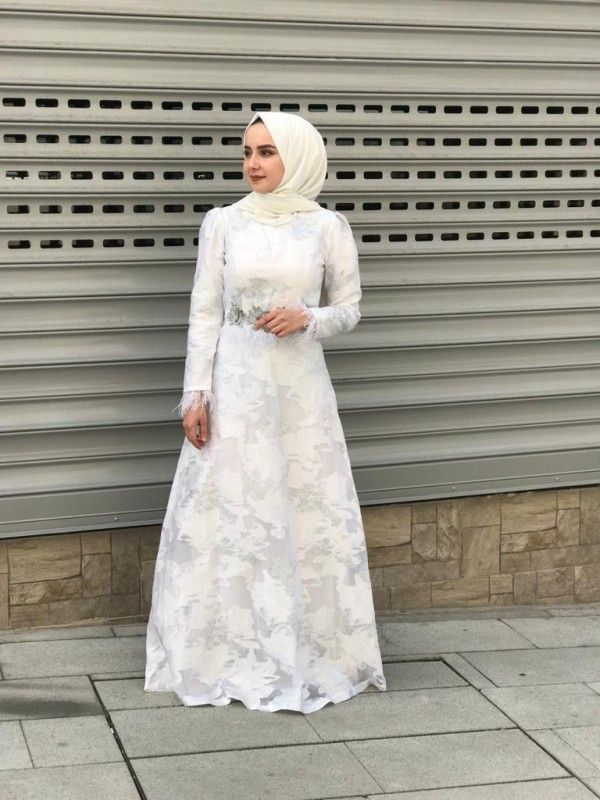 Beyaz Tesettur Nikah Abiye Elbise 2020 Elbise Giyim Elbise Modelleri
