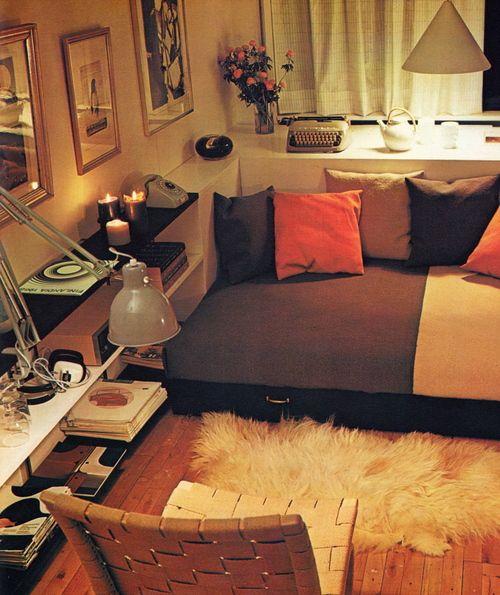 65 best 70s interiors images on pinterest retro room. Black Bedroom Furniture Sets. Home Design Ideas
