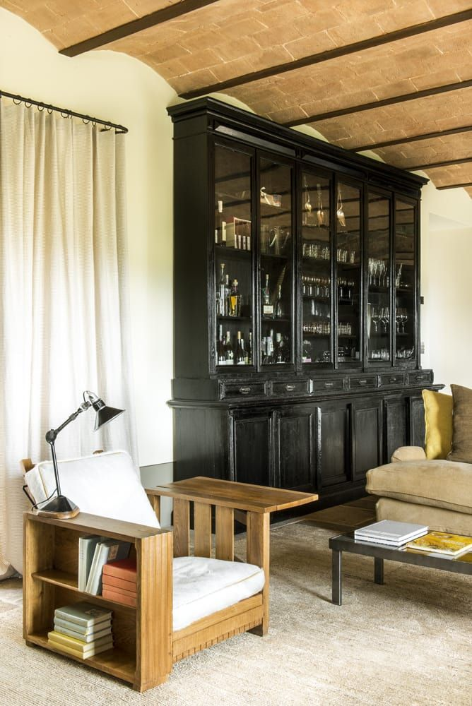 Parcourez les images de Salon de style de style Méditerranéen de Toscane. Inspirez-vous des plus belles photos pour créer votre maison de rêve.