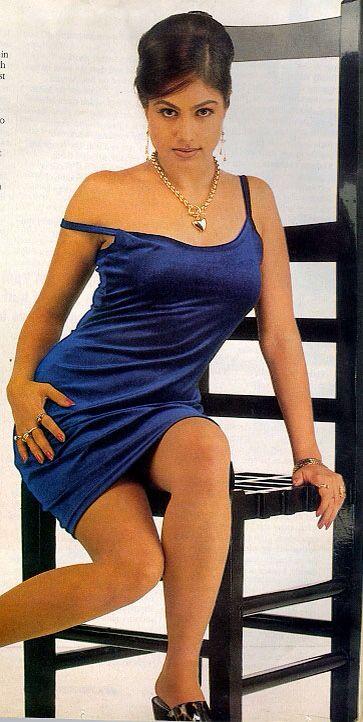 Pin By Passionpatron On Ayesha Jhulka  Ayesha Jhulka, Dresses, Fashion-8925