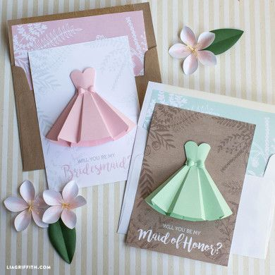 Create your own stunning DIY wedding decorations and make your special day as unique as you are. Patterns and tutorials by Lia Griffith.