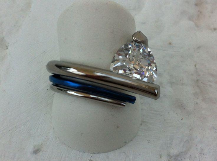 Cobalt titanium witgoud