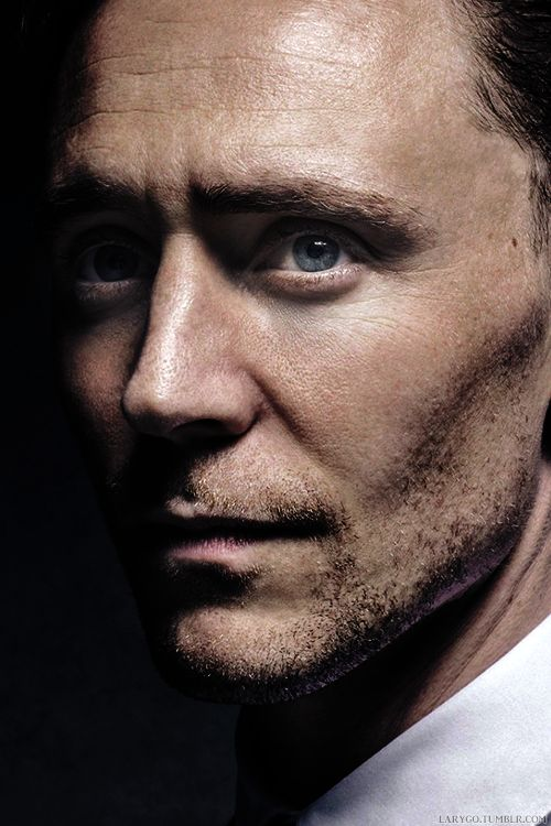 This is a great picture of Tom Hiddleston.