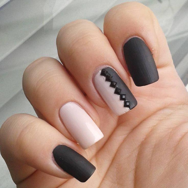 Domi Králiková (@domi_nailart) For a date❤ #nailartwow #romanticnails #pinknailart #blacknails #mattetopcoat #matte #pinkandblack #mattenails #blacknails #nailart #nailartideas #nailartist #nails #nails2inspire #follow #follownails #followmenow #naildesign #nailaccessories