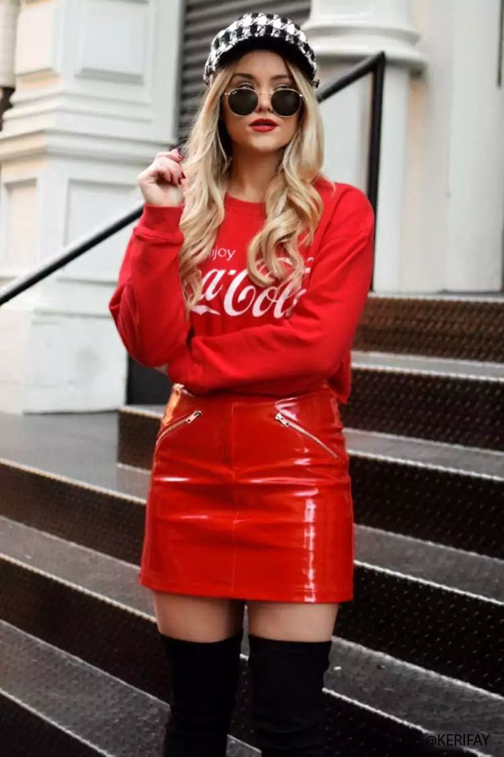 Product Name:Coca-Cola Graphic Sweatshirt, Category:CLEARANCE_ZERO, Price:22.9