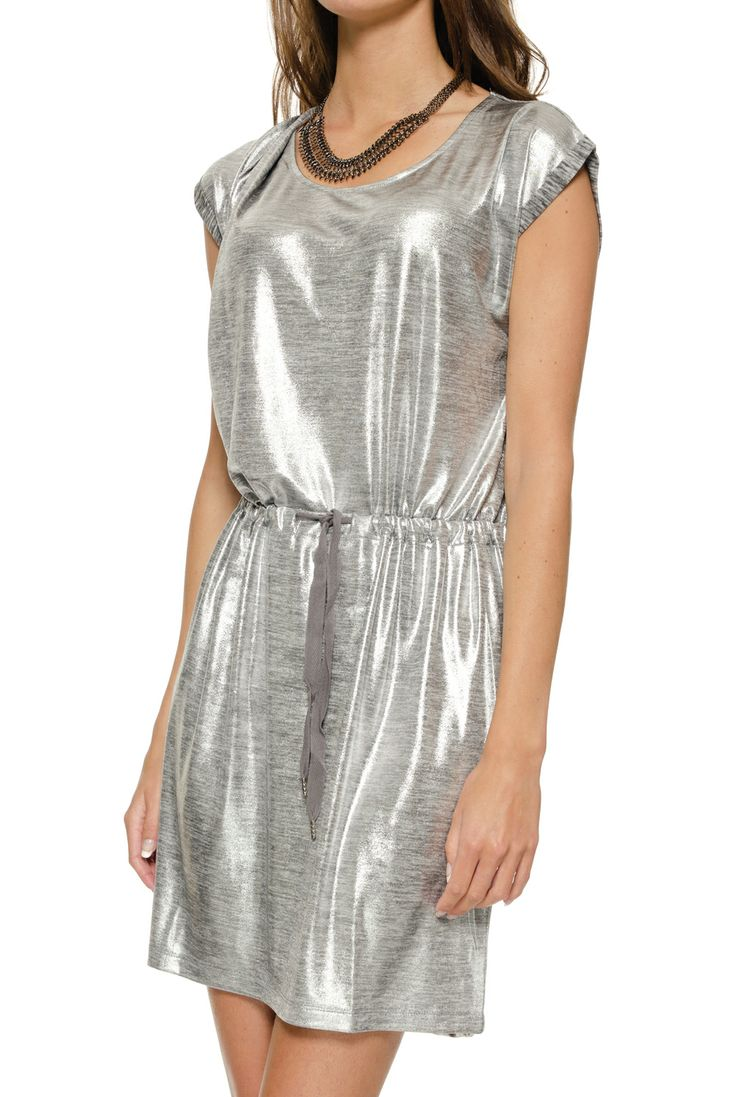 Selected Femme Dress Silver. My very favorite this Christmas! Most beautiful silver dress. Perfect for the holidays! Buy it now and get 50% off!