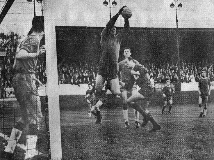 Exeter City 1 Swindon Town 1 in Oct 1965 at St James Park. Peter Downsborough takes this cross for Swindon #Div3
