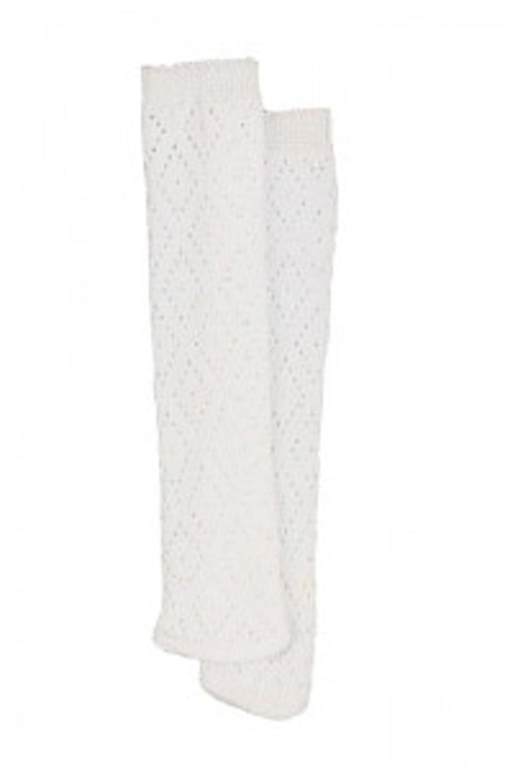 These long patterned socks feature a diamond design and are knee length socks on the larger dolls but are thigh high stockings on the smaller Little Baby Born, Little Baby Alive, Disney Toddler and Wellie Wishers dolls.