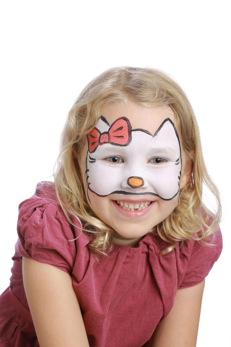 """Pour réaliser ce maquillage """"Hello Kitty"""", il vous faudra : Matériel : - Pinceau fin - Pinceau moyen - Éponge - Galets de maquillage à l'eau sans paraben GRIM'TOUT: Blanc, Rose vif, Mandarine et Noir"""