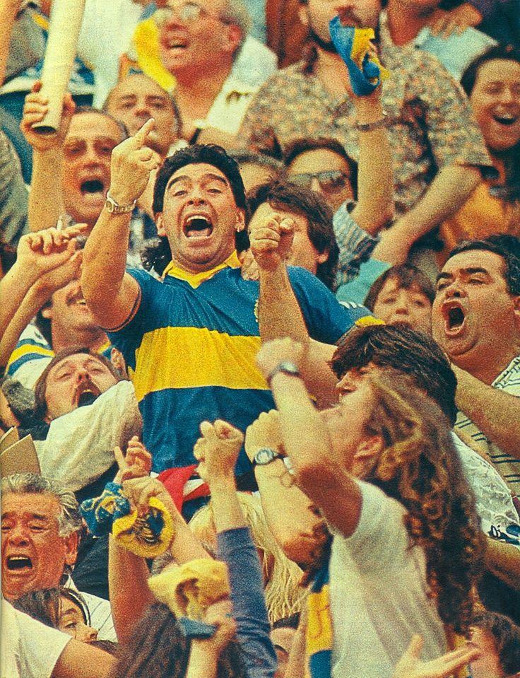 Boca Juniors Campeón Apertura 1992 - Maradona festejando el gol a riBer en la platea sector D