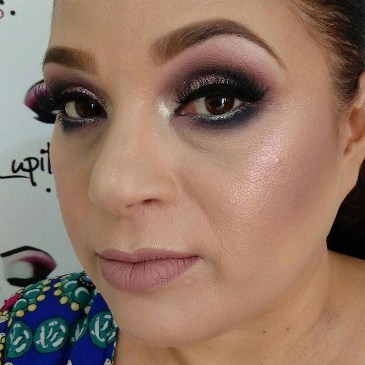 Maquillaje social!!������ #makeup #sinfiltro #makeupartist #colorful #villalpandomakeupartist #glitter #cailyn #metallic #highlights #maccosmetics #atelier #soyatelier #rveyelashes. #RVlashes #contour #contouring #eyeliner #eyebrows #eyeshadow #atelierparis #ilovemakeup #beauty #maquillaje #bennye #cailyn #glittereyeshadow #colors #smokedeyes #hairstyle #fashion #lipstick ������������ http://ameritrustshield.com/ipost/1545028757004223015/?code=BVxC3f1AAIn