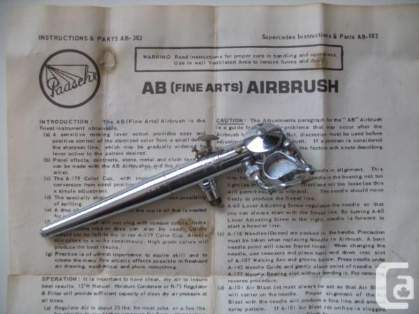 Paasche ABL Turbo (Left Handed). I've not seen a Paasche with a metal handle, but I do know they were offered. This was for sale in Canada, but I don't know if it's still available. As a lefty, I could use this brush. It's beautiful!